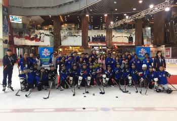 Asian young Sport Reporters On ice experience
