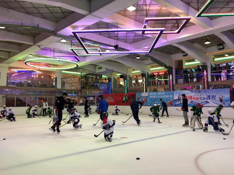 Macau Ice Hockey 3